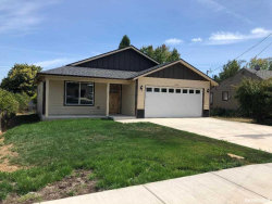Photo of 1434 SW 9th St, Dallas, OR 97338 (MLS # 754138)