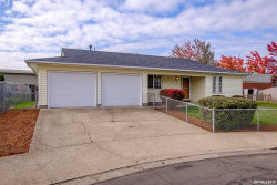 Photo of 2004 Lafayette St SE, Albany, OR 97322 (MLS # 755577)