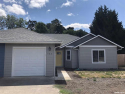Photo of 755 Catron St, Monmouth, OR 97361 (MLS # 755623)