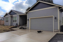 Photo of 204 Center St S, Silverton, OR 97381 (MLS # 756662)