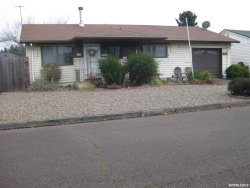 Photo of 978 N Cahill Wy, Woodburn, OR 97071 (MLS # 758105)