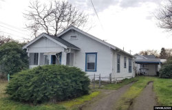 Photo of 606 Chester St, Silverton, OR 97381 (MLS # 758686)