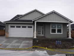 Photo of 1320 S 10th St, Independence, OR 97351-1550 (MLS # 758886)