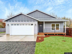 Photo of 140 Charlotte St, Albany, OR 97322 (MLS # 758972)