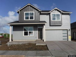 Photo of 922 Chestnut St, Independence, OR 97351-1548 (MLS # 759238)