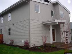 Photo of 785 Fairview Av SE, Salem, OR 97302 (MLS # 759582)