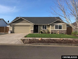 Photo of 445 Lavender St, Silverton, OR 97381 (MLS # 760324)