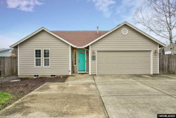 Photo of 411 Orchard St, Silverton, OR 97381 (MLS # 760557)