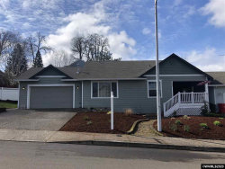Photo of 223 Norway St, Silverton, OR 97381 (MLS # 761055)