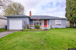 Photo of 925 Ermine St SE, Albany, OR 97322 (MLS # 761338)