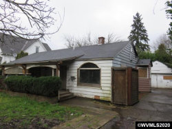 Photo of 685 W Hayes St, Woodburn, OR 97071 (MLS # 761439)
