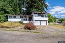 Photo of 1253 Scenic View Ct, Stayton, OR 97383-1430 (MLS # 761844)