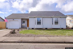 Photo of 2560 Lyon St SE, Albany, OR 97322 (MLS # 761853)