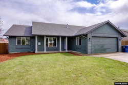 Photo of 2180 Wildflower Dr, Stayton, OR 97383-1385 (MLS # 762065)