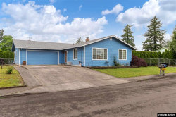 Photo of 1517 N Locust St, Canby, OR 97013 (MLS # 763738)