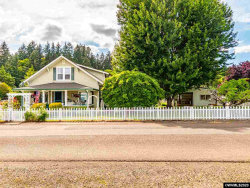 Photo of 203 Averill St, Brownsville, OR 97327 (MLS # 765367)