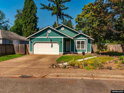 Photo of 1608 9th Av, Sweet Home, OR 97386 (MLS # 766016)
