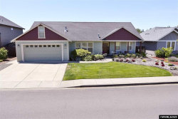 Photo of 9692 Willamette St, Aumsville, OR 97325 (MLS # 766414)