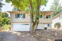 Photo of 541 Cascade Dr NW, Salem, OR 97304 (MLS # 766553)