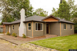 Photo of 640 NW Walnut Bl, Corvallis, OR 97330-3851 (MLS # 767004)