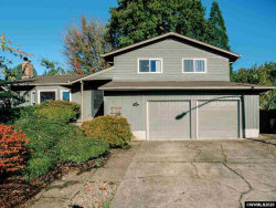 Photo of 747 NW Fox Pl, Corvallis, OR 97330-3720 (MLS # 768599)