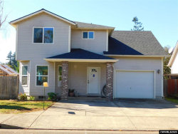 Photo of 4810 48th Lp, Sweet Home, OR 97386 (MLS # 769233)