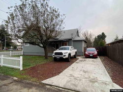 Photo of 620 25th St SE, Salem, OR 97301 (MLS # 771298)