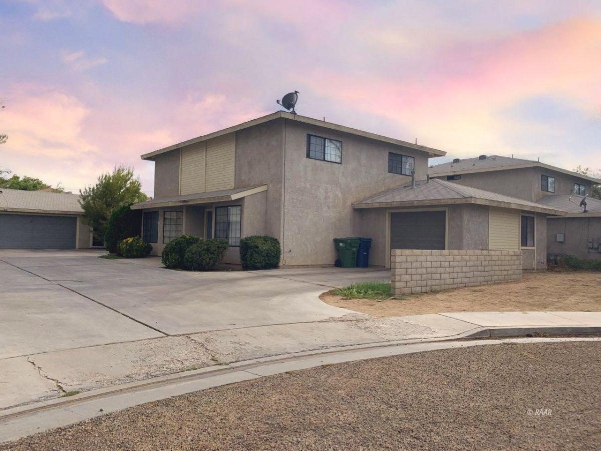 Photo for 605 Perdew Unit # B, Ridgecrest, CA 93555 (MLS # 1957541)