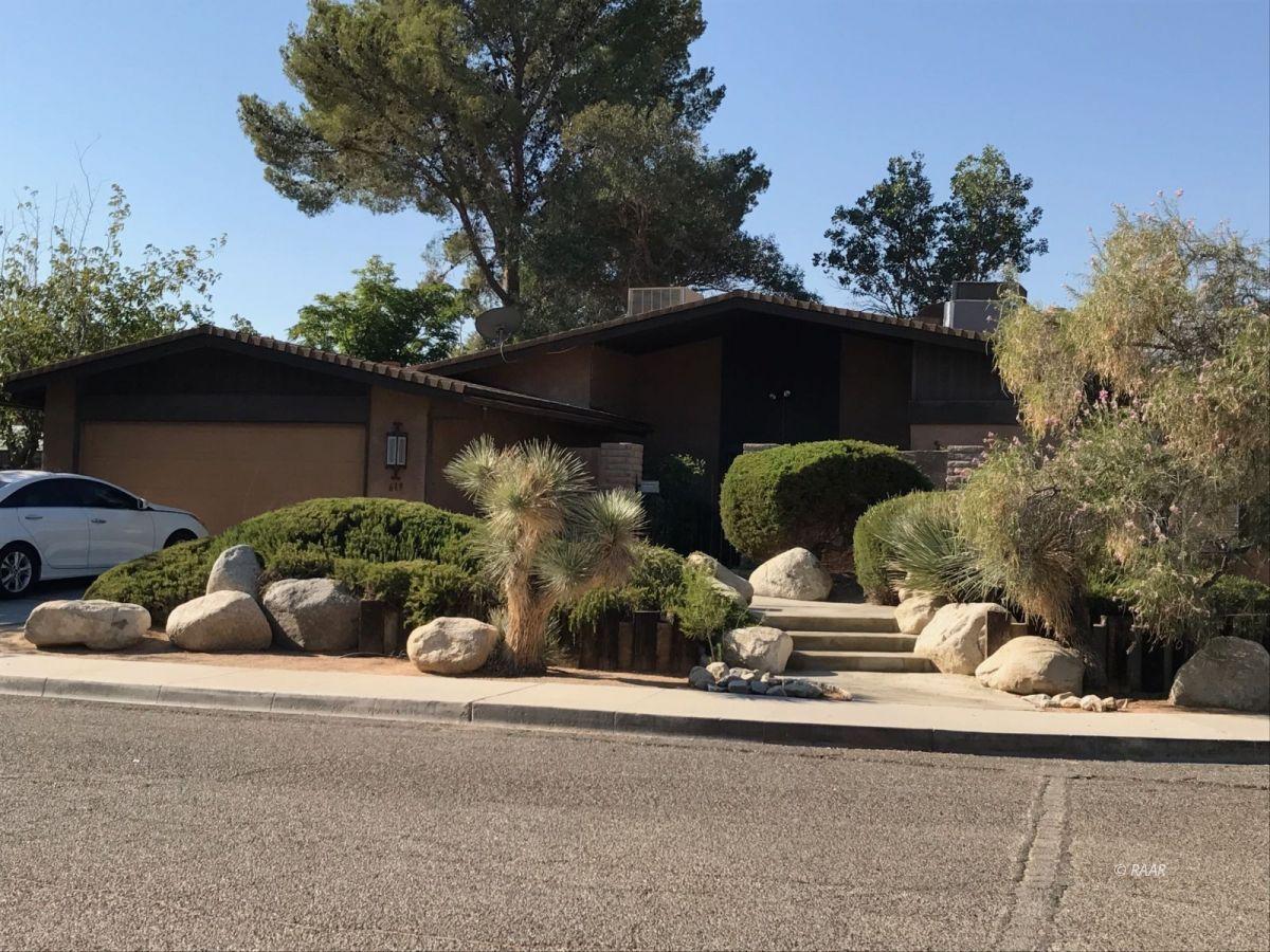 Photo for 619 W Howell AVE, Ridgecrest, CA 93555 (MLS # 1957545)
