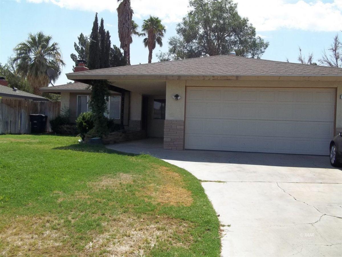 Photo for 244 N Sunland DR, Ridgecrest, CA 93555 (MLS # 2600022)