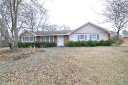 Photo of 5758 Carriage Hills Drive, Montgomery, AL 36116 (MLS # 436667)