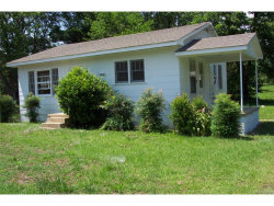 Photo of 105 W College Street, Eclectic, AL 36024 (MLS # 417923)