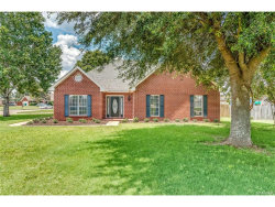 Photo of 74 Cobblestone Way, Deatsville, AL 36022 (MLS # 419516)