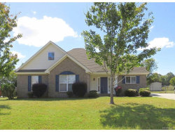 Photo of 1713 Honeysuckle Ridge, Deatsville, AL 36022 (MLS # 422514)