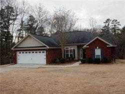 Photo of 1725 Honeysuckle Ridge Drive, Deatsville, AL 36022 (MLS # 428268)