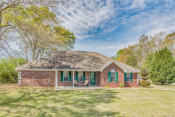 Photo of 400 Richfield Road, Deatsville, AL 36022 (MLS # 429128)