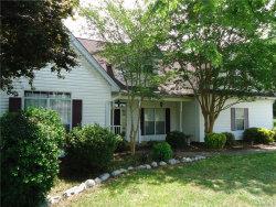 Photo of 74 SUMMERFIELD Drive, Deatsville, AL 36022 (MLS # 431642)
