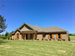 Photo for 1476 County Road 39 ., Deatsville, AL 36022 (MLS # 450159)