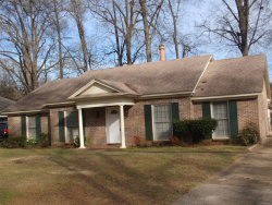 Photo of 724 LEDYARD Place, Montgomery, AL 36109 (MLS # 467881)