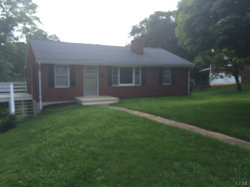 Photo of 839 Randolph Street, Bedford, VA 24523 (MLS # 299938)