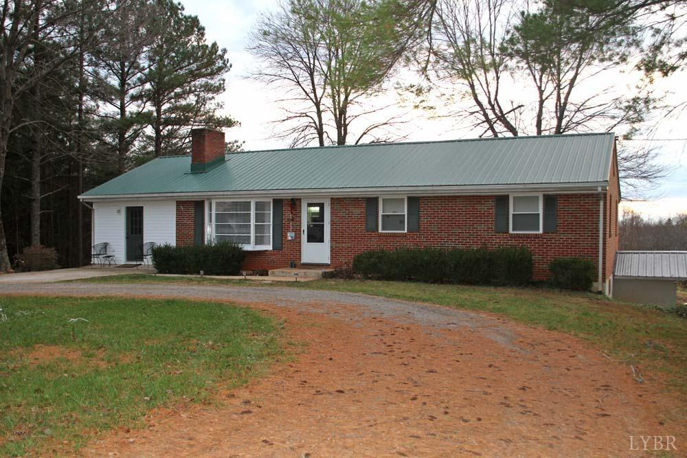 Photo for 1315 Rock Cliff Road, Lot 118, Bedford, VA 24523 (MLS # 315674)