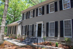 Photo of 421 New Hope Rd, Fayetteville, GA 30214 (MLS # 8615992)
