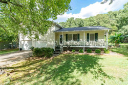 Photo of 1306 Candlelite Ln, Snellville, GA 30078 (MLS # 8646567)