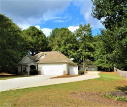 Photo of 815 Lincoln Sq, Locust Grove, GA 30248-3198 (MLS # 8673088)