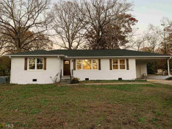 Photo of 379 Valley Dr, Toccoa, GA 30577 (MLS # 8893477)
