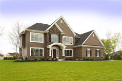 Photo of 6 Sandpiper Court, Orchard Park, NY 14127 (MLS # B1125038)