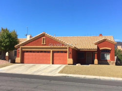 Photo of 692 SKYLINE Road, Henderson, NV 89002 (MLS # 1934052)