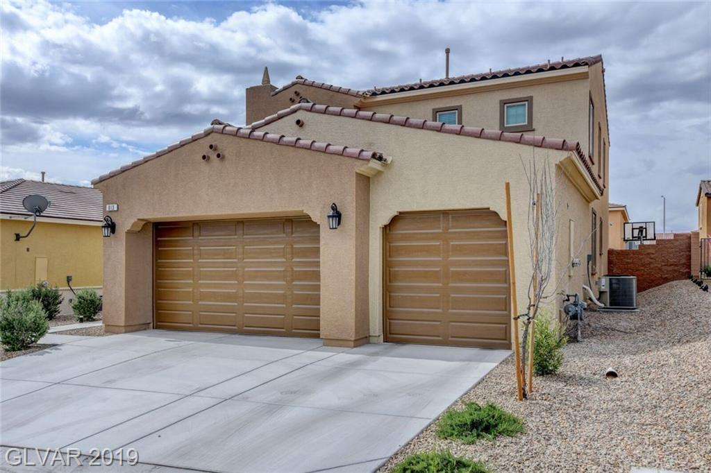 Photo for 813 FOX MOUNTAIN Court, North Las Vegas, NV 89084 (MLS # 2098625)