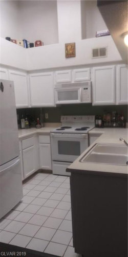 Photo of 1575 WARM SPRINGS Road, Unit 2322, Henderson, NV 89014 (MLS # 2154499)