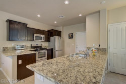 Photo of 10612 AGATE KNOLL Lane, Las Vegas, NV 89135 (MLS # 2156996)